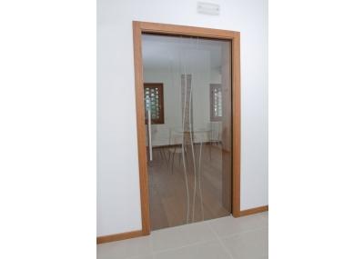 Falegnameria artigiana agnolon finestre e porte in legno pordenone - Porte tutto vetro ...