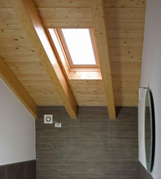 Falegnameria artigiana agnolon finestre e porte in for Velux assistenza