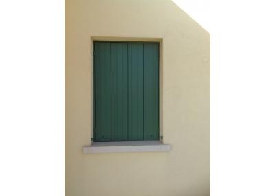 Finestre con rivestimento esterno in Alluminio